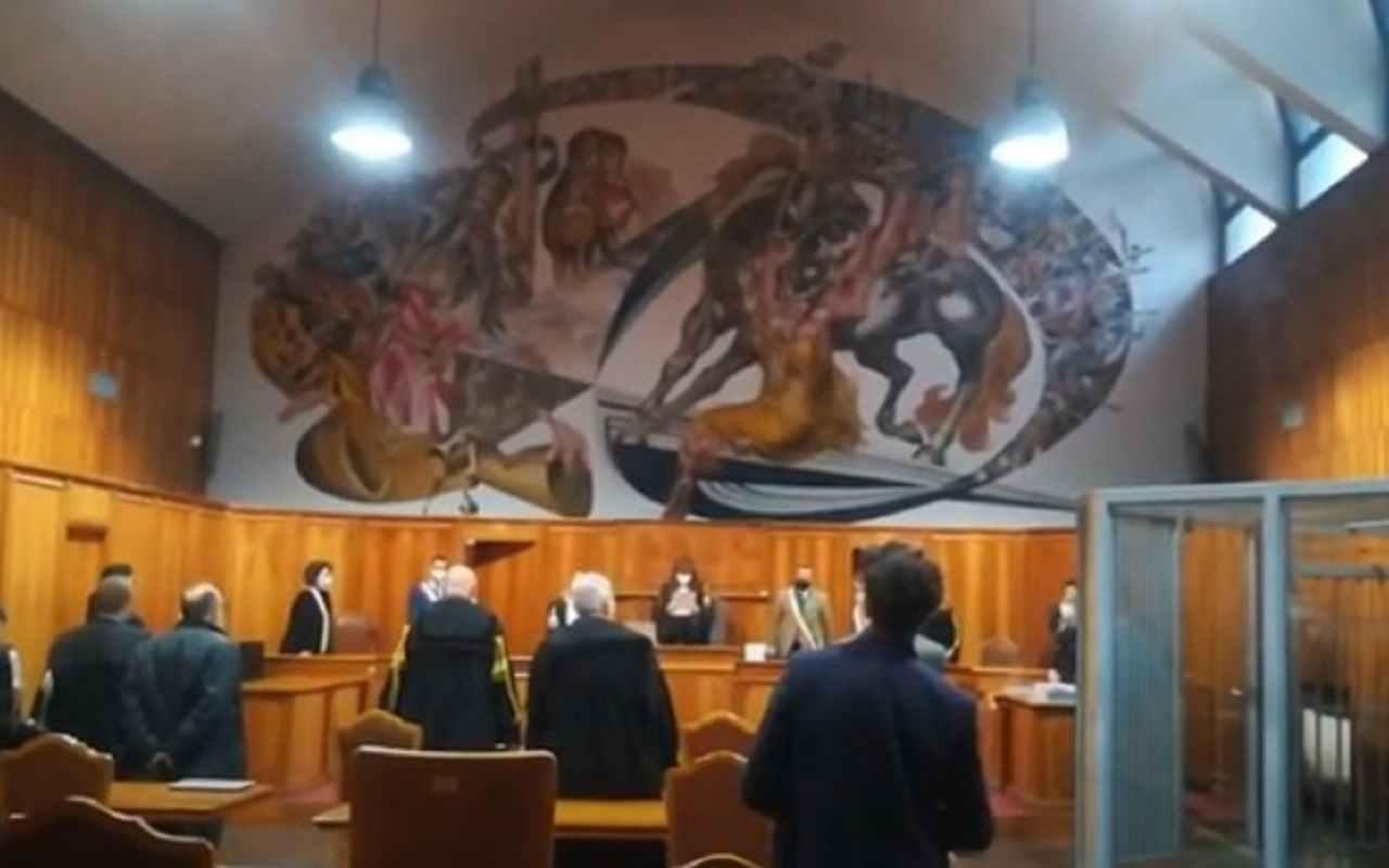 Prima udienza in tribunale caso Eitan