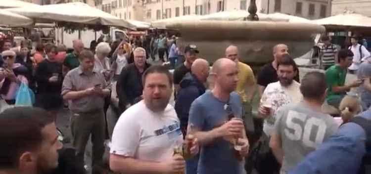 Tifosi inglesi a Roma
